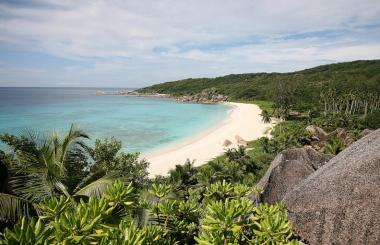 Пляжи Маэ