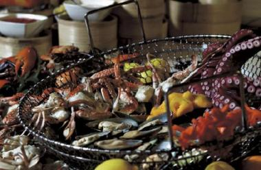 Чем индонезийская кухня отличается от тайской?